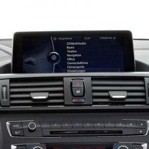 BMW Serie 1 con sistema CIC y pantalla