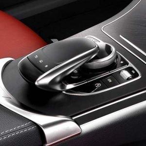 Mando de control del Mercedes Clase C W205 con NTG 5.2