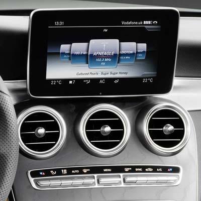 Mercedes Clase C W205 con NTG 5.2 y pantalla