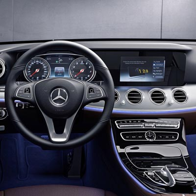 Mercedes Clase E W213 con NTG 5.5